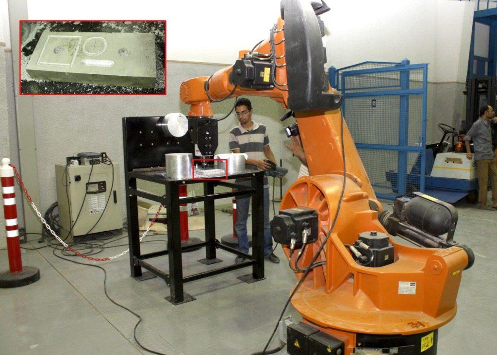 التفريز بالروبوت